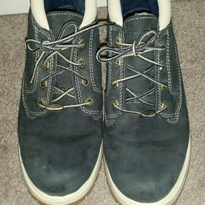 Timberland.  Excellent lightly used condition.